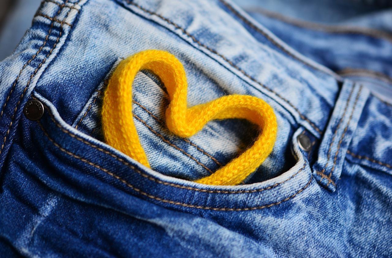 Damskie obuwie, które zawsze pasuje do dżinsów