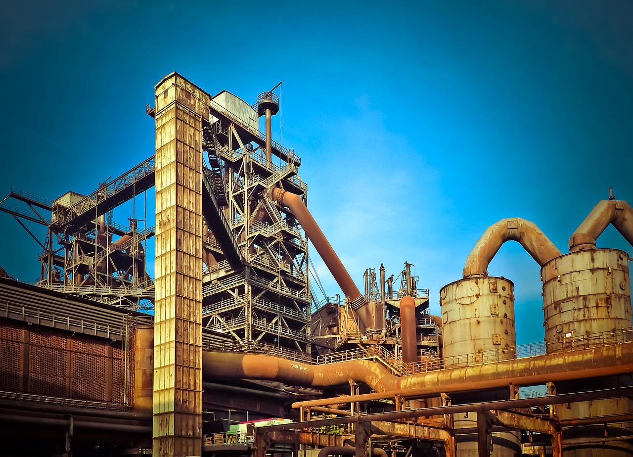 Z jakiego materiału zbudować budynek przemysłowy?