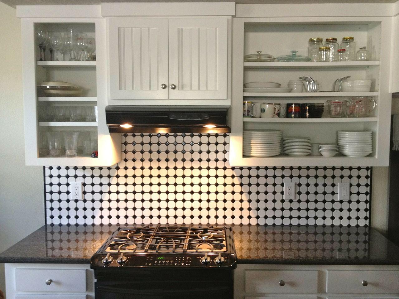 Jak naprawić meble kuchenne?