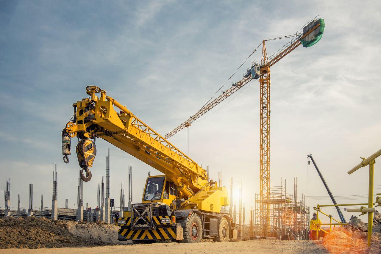 Jakie są koszta wypożyczenia sprzętu budowlanego?