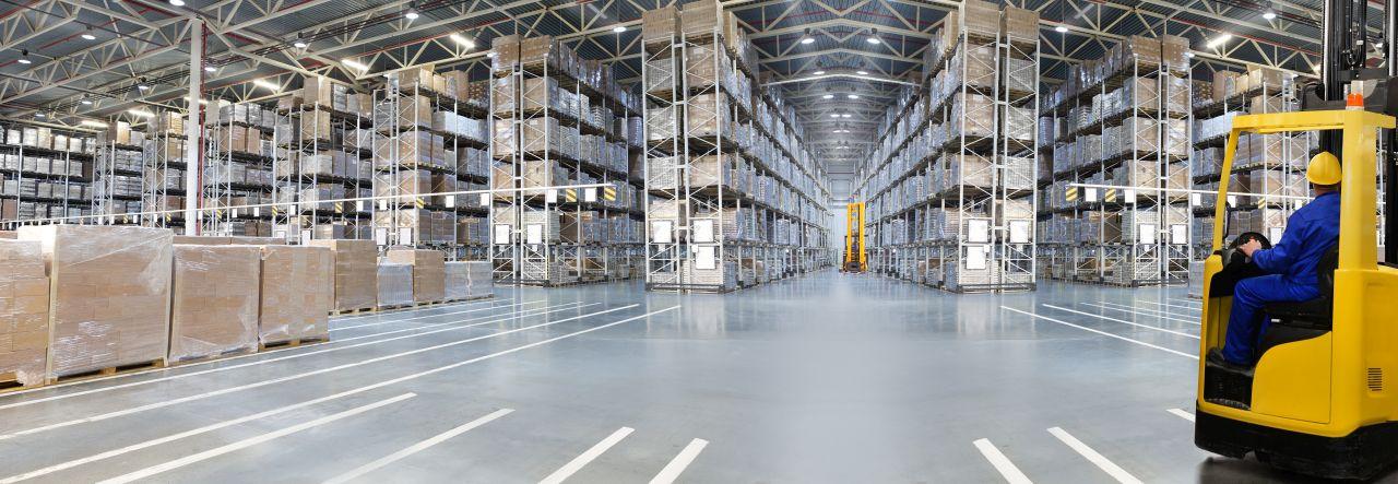 Jak stworzyć uporządkowaną przestrzeń do składowania towaru?