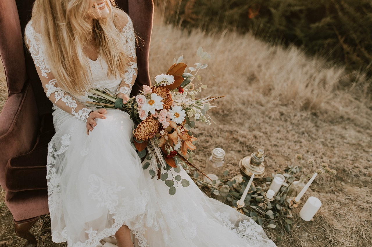 Ślub w stylu boho – jakie elementy jeszcze bardziej podkreślą ten styl?