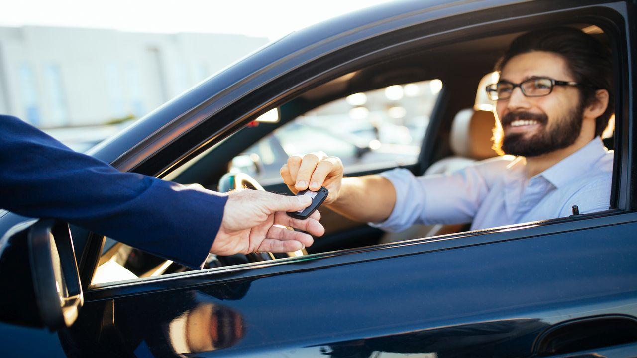 Formalności przed wypożyczeniem auta